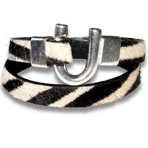 Bracelet femme cuir a poils zebre fer a cheval
