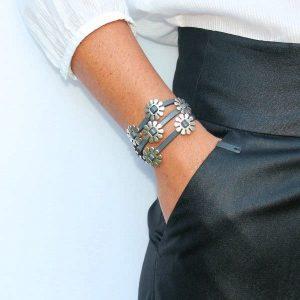 Bracelet femme cuir Marguerite gris 2