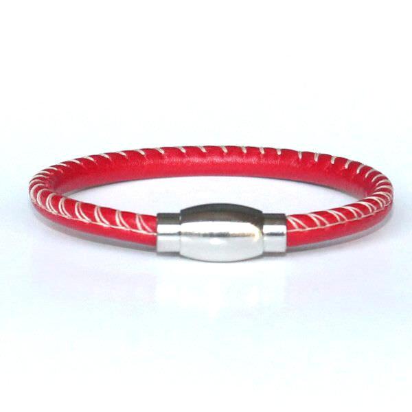 bracelet enfant garçon en cuir surpiqué rouge 1