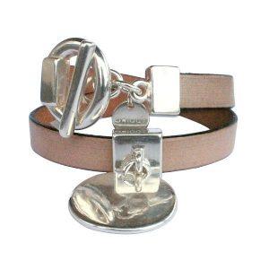 Bracelet femme cuir double tour Médaille beige clair