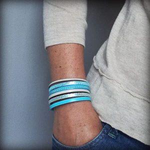 Bracelet femme cuir manchette turquoise argenté beige Casablanca