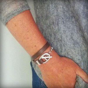 Bracelet cuir femme maille marine double tour étrier 4