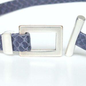 Bracelet femme en cuir reptile bleu marine fermoir en T 2
