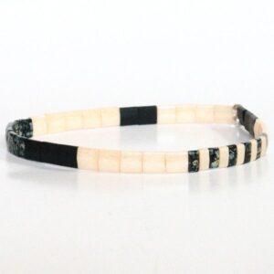 Bracelet perles pour homme tendance Miyuki colorées plates et carrées noir mat 2